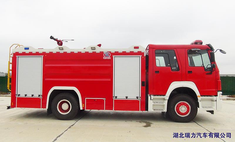 豪沃消防车07.png